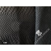 Skora naturalna licowa czarna na kurtkę_ skóra naturalna odziezowa czarna z delikatną fakturą- Skora naturalna czarna z fakturą w Leather-design.eu